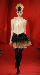 Picture of Christian Lacroix Couture Collection Fall 2008.PNG