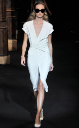 Hussein Chalayan dress pictures.PNG