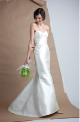 Angel Sanchez wedding gown in silk.PNG