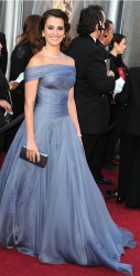 The Oscars 2012 Dresses On Red Carpet