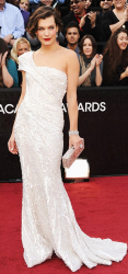 Milla Jovovich on red carpet at the 84th Annual Academy Awards_2012 Oscar dresses pictures.PNG