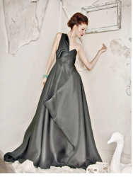 Designer Leanne Marshall gray evening gown photo.PNG